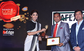 SAFEXPRESS BAGS 'ICONIC BRAND OF INDIA' AWARD BY ECONOMIC TIMES